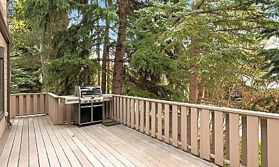 Patio / Deck, 601 W North St 2, 2