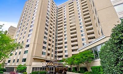 Building, 4601 N Park Ave 1821W, 0