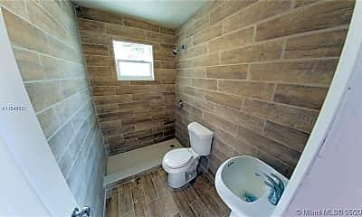Bathroom, 2940 NW 88th St C, 2