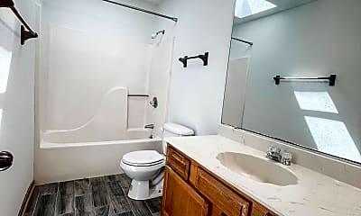 Bathroom, 888 Culp Ave 3, 2