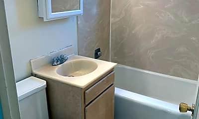 Bathroom, 145 NW 16th St, 2