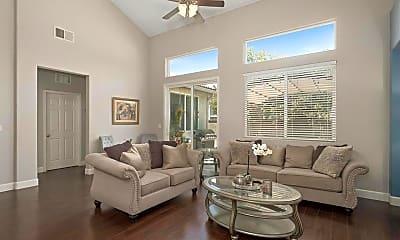 Living Room, 4225 N WATERSIDE DR, 1