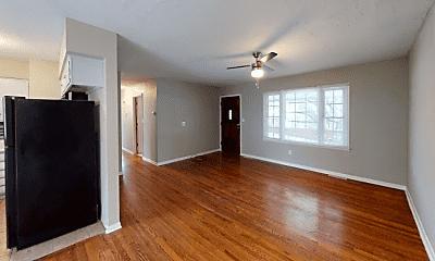 Living Room, 3601 N Pleasant St, 1