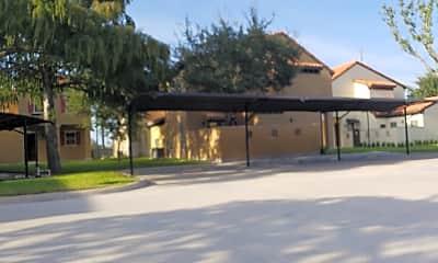 Villa Escondida, 2