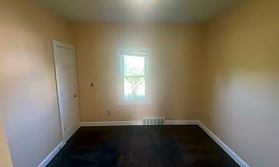 Bedroom, 3045 E 123rd St, 2