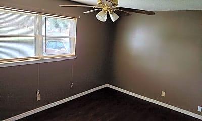 Bedroom, 601 N B St, 1