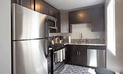 Kitchen, 732 1/2 Jamaica Ct, 1
