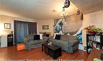 Living Room, 650 W Collins St, 2
