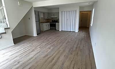 Living Room, 7439 Longview Rd, 1
