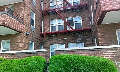 Briar Wyck Apartments, 2