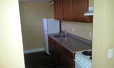 Kitchen, 932 E College St, 1