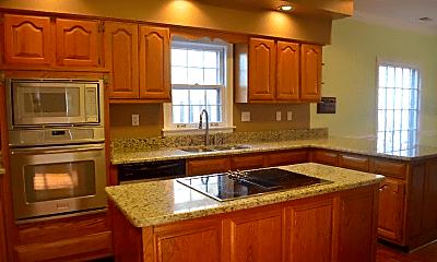 Kitchen, 8844 Gainesway Dr, 1