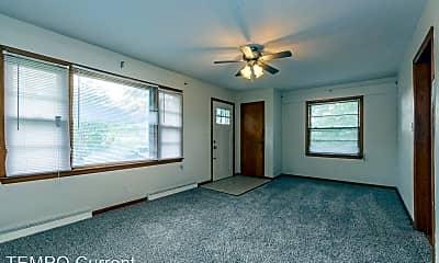 Living Room, 2624 E 7th St, 2