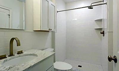 Bathroom, Providence G, 2