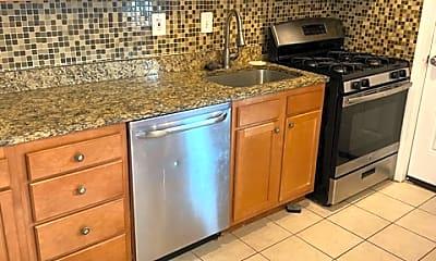 Kitchen, 3305 Elmora Ave, 2