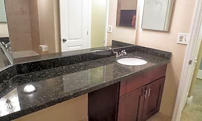 Kitchen, 2851 N Oakland Forest Dr, 1