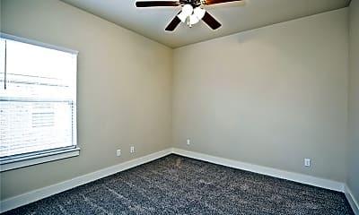 Bedroom, 108 Alder St, 2