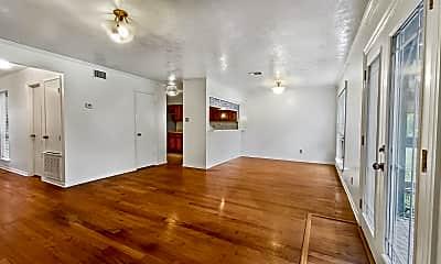 Patio / Deck, 2803 Oakside Dr, 1