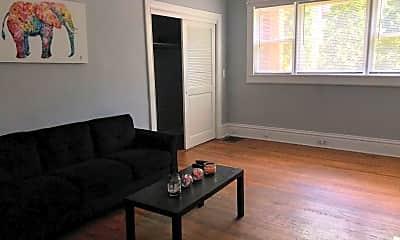 Living Room, 616 Kellogg St SE, 1