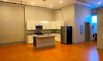 Kitchen, 614 Poplar St, 1
