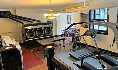 Kitchen, 1020 W Ardmore Ave, 2