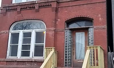 Building, 2046 W Thomas St 1F, 0