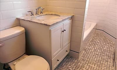 Bathroom, 160 S Middle Neck Rd 3L, 2