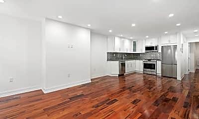 Living Room, 1127 Decatur St 1, 0