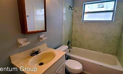 Bathroom, 9815 N 10th St, 2