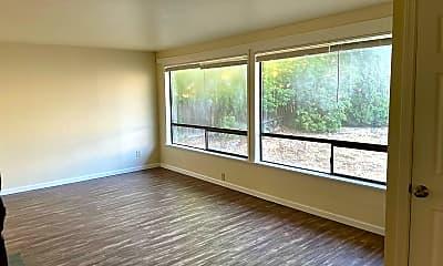 Living Room, 16747 3rd Ave NE, 1
