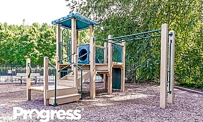Playground, 195 Hamilton Pointe Drive, 2