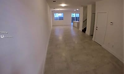 10259 NW 103rd Path, 1