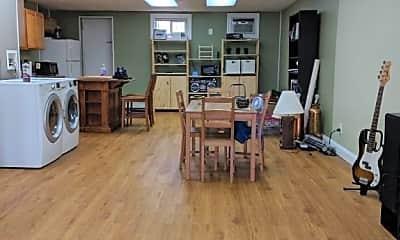 Kitchen, 982 39th St, 1