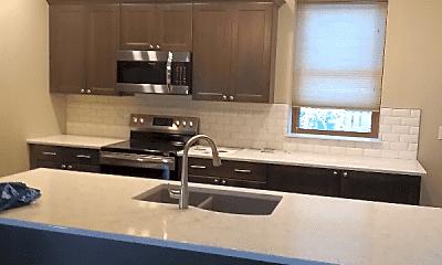 Kitchen, 173 Delaware Rd, 2