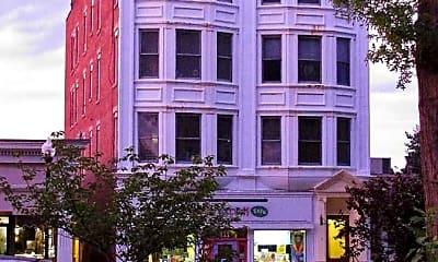 Building, 111 East Ridgewood Apartments, 1