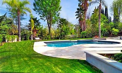 Pool, 18843 Paseo Nuevo Dr, 2