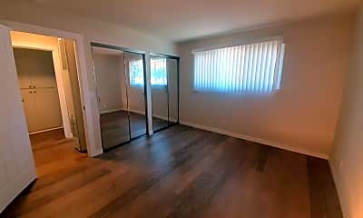 Living Room, 5480 Camden Ave, 1