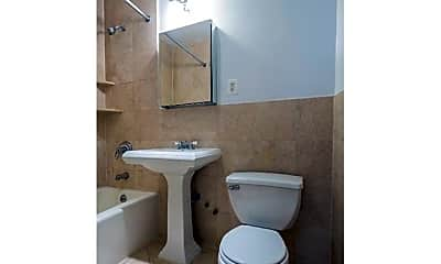 Bathroom, 209 E 25th St, 2