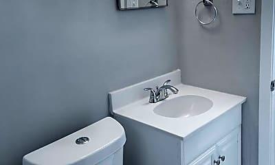 Bathroom, 267 Greenlaw Ave, 2