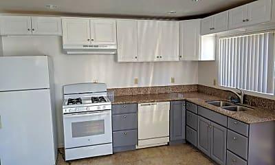 Kitchen, 1419 Centinela Ave, 0