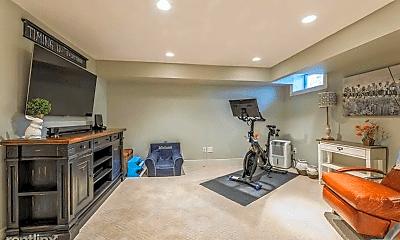Living Room, 215 Doremus Ave, 2
