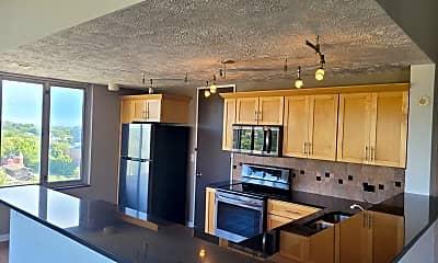 Kitchen, 105 N 31st Ave, 2