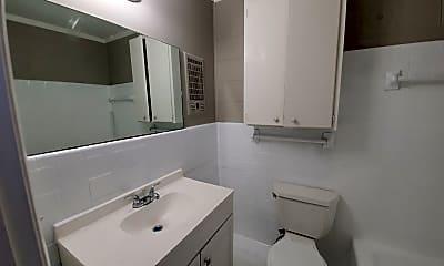Bathroom, 2525 Merry Oaks Dr, 2