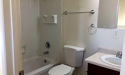 Bathroom, 8435 SE Insley St, 2