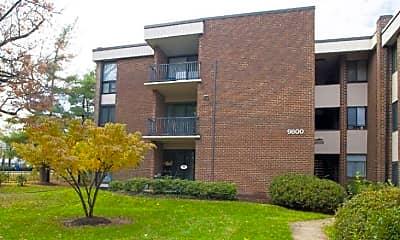 Building, 9800 Georgia Ave 25-201, 0