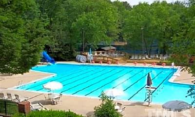 Pool, 102 Southbank Dr, 2