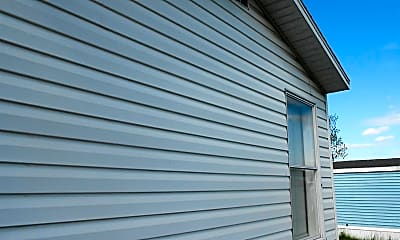 Building, 560 Joslen Blvd, 2