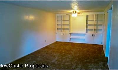 Living Room, 2048 Pine Needle Ct, 1