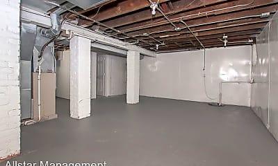 Building, 3195 Whitethorn Rd, 1