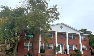 Building, 3101 Belden St, 1